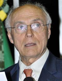 L'économiste brésilien Eduardo Suplicy