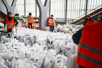 Distribution alimentaire c Ville de Geneve
